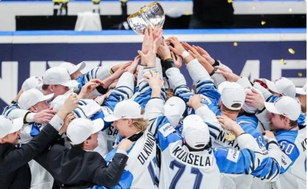 История чемпионата мира по хоккею